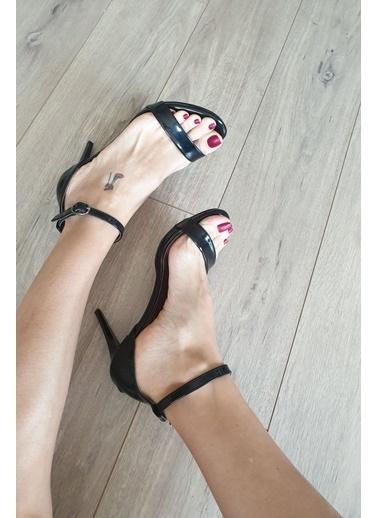 Topukla Hakiki Deri Ayakkabı Siyah